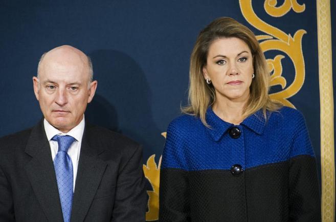Cospedal, hoy, junto al presidente del Tribunal Superior de Castilla...