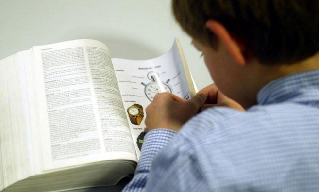 La comprensión lectora falla en muchas personas con dislexia.