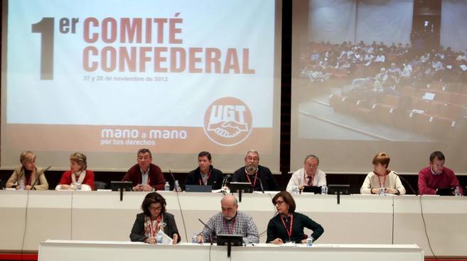 Los miembros del comité ejecutivo confederal de UGT en su última...
