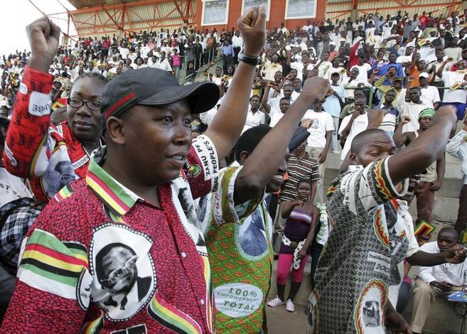 Julius Malema, líder juvenil del CNA, en un mitin en Harare del...
