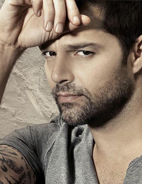 El cantante puertorriqueño, en una imagen promocional de su último...