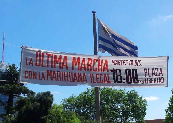 Las calles de Montevideo unos minutos antes de legalizar la marihuana