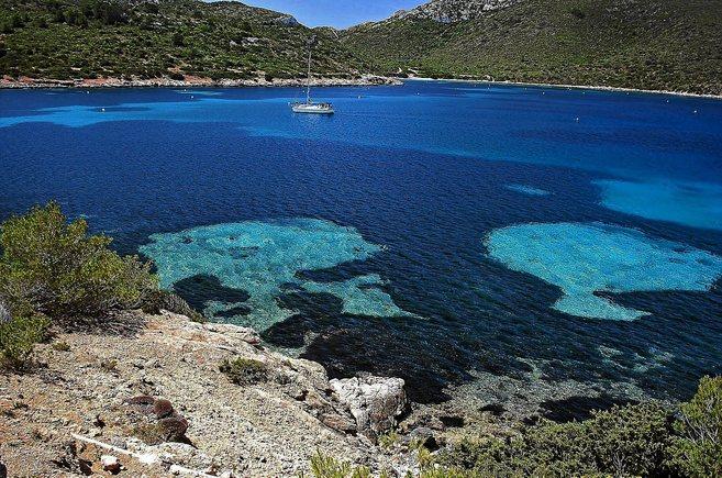Bahía de la Isla de la Cabrera, en el archipiélago de Baleares.
