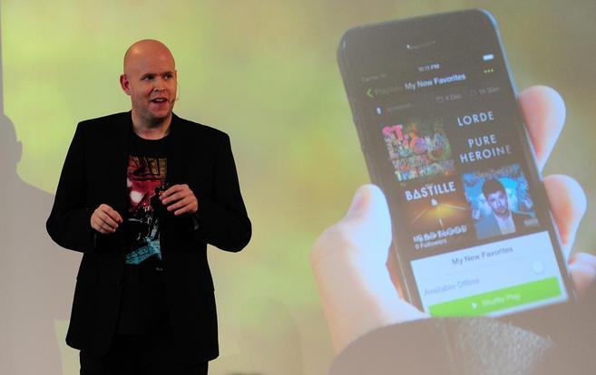 El fundador de Spotify, Daniel Ek, anuncia las novedades de su...