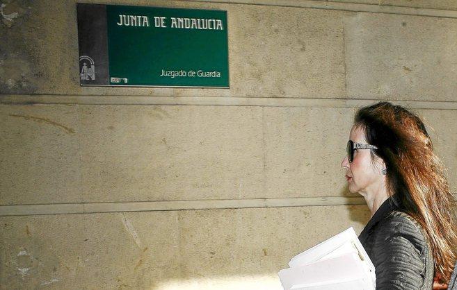 La juez Mercedes Alaya, a su llegada a los juzgados de Sevilla.