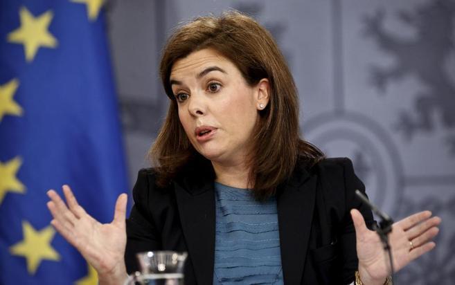 Soraya Sáenz de Santamaría en la rueda de prensa tras el Consejo de...