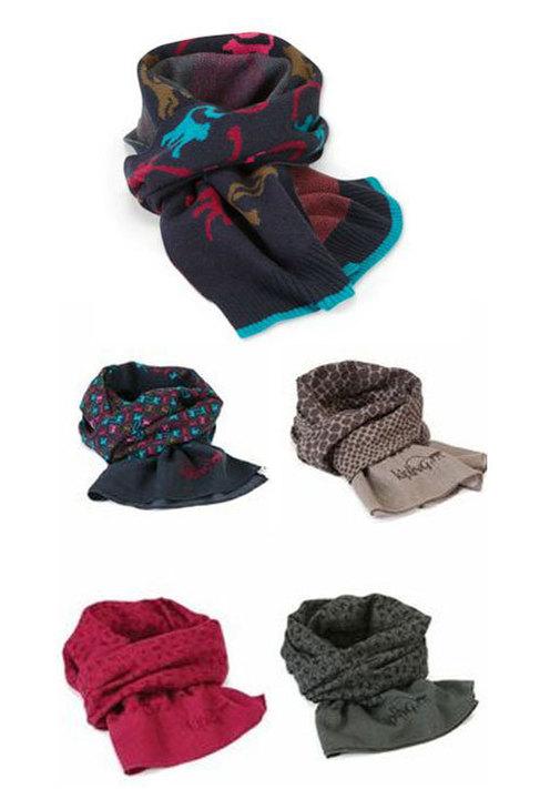 Bufandas, pañuelos... pero siempre con una monada... Kipling propone...