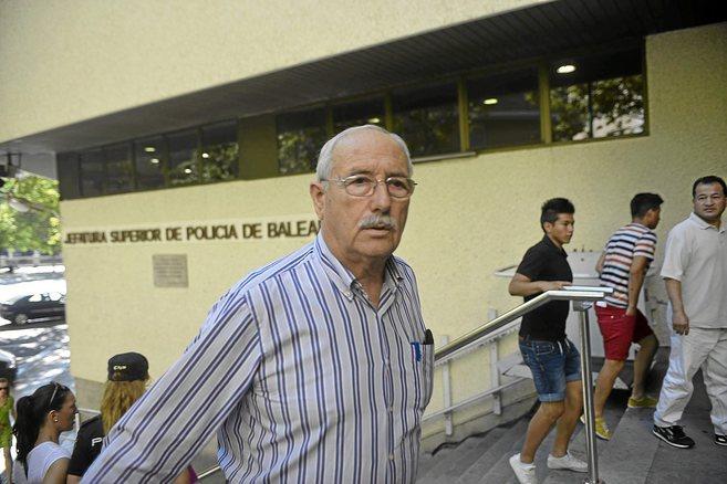 Miquel Llinàs, jubilado de Campos, el día que acudió a declarar a...