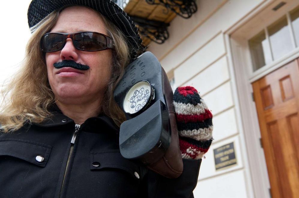 Un activista protesta contra el espionaje en Washington.