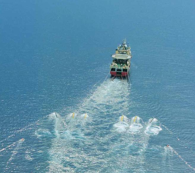 Una de las embarcaciones utilizadas por Cairn Energy para las...