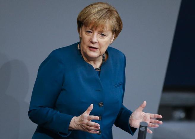 La recién investida canciller alemana Angela Merkel