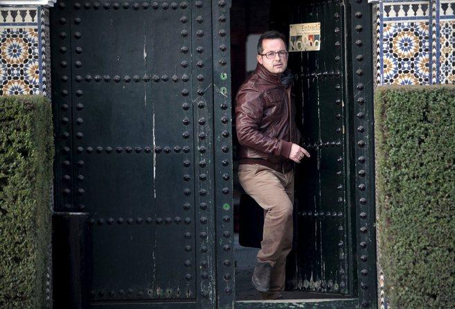 El ex director de Parques y Jardines, Joaquín Peña, sale de la...
