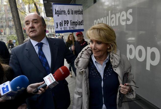 Esperanza Aguirre, el miércoles a su llegada a la sede de Génova...