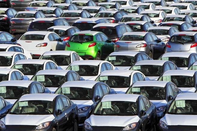 Se prevé que, hacia el año 2015, todos los vehículos dispondrán de...