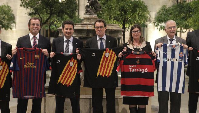 Acto de Artur Mas en apoyo a las selecciones catalanas con el Espanyol...