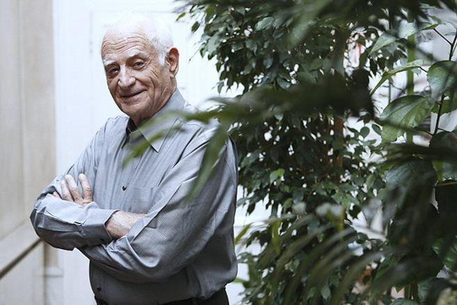 Michel Serres es historiador, filósofo y autor de...