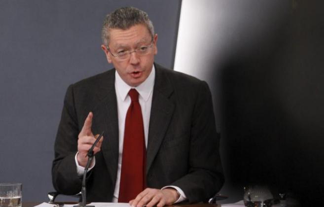 Alberto Ruiz-Gallardón, en rueda de prensa el viernes, tras el...