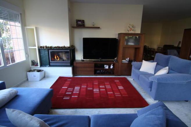 La empresa DecorADN ofrece alfombras cosidas a mano con la...