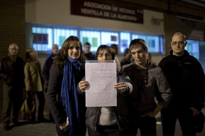 Vecinos del Ivima en la Ventilla que se ven perjudicados por la venta...