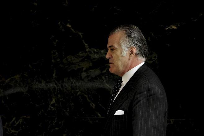 Luis Bárcenas sale de la Audiencia Nacional en marzo de 2013.