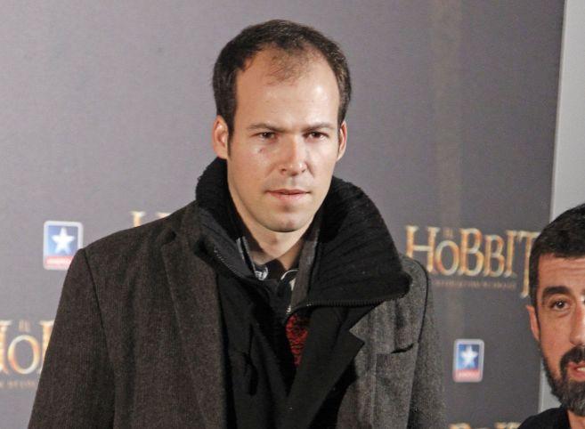 El hijo de Lucía Dominguín durante el estreno de la película El...