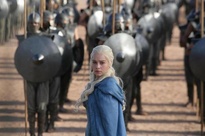 Khaleesi, durante la segunda temporada de 'Juego de tronos'.