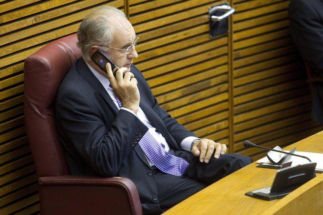 Rafael Blasco, en su escaño de no adscrito tras ser expulsado del PP.