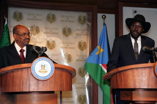 Los presidentes de Sudán y Sudán del Sur, este lunes.