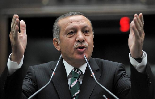 El Primer Ministro turco Recep Tayyip Erdogan en la sede del...