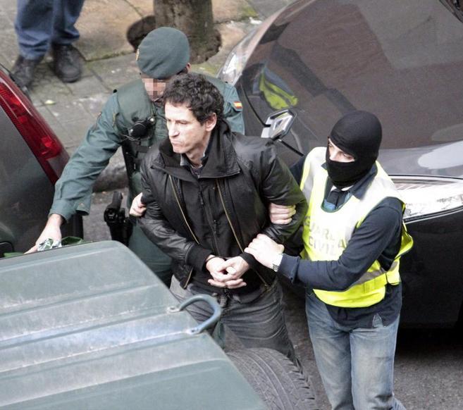 Jon Enparanza en el momento de su detención hoy.