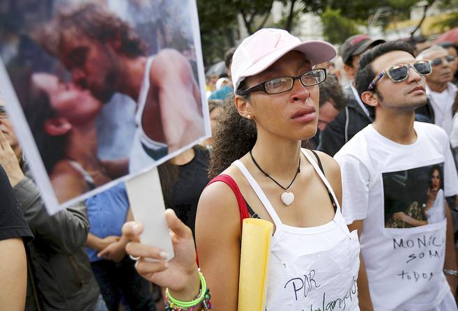 Una venezolana durante una manifestación en protesta por el asesinato...