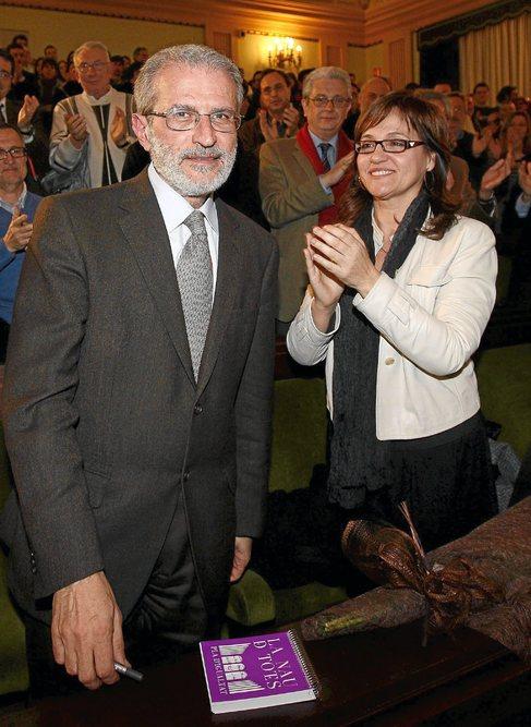 Esteban Morcillo, con María Antonia García Benau.