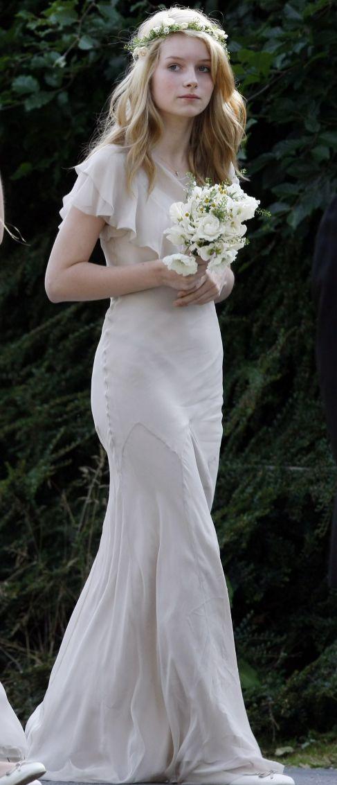 Lottie, en la boda de su hermana.