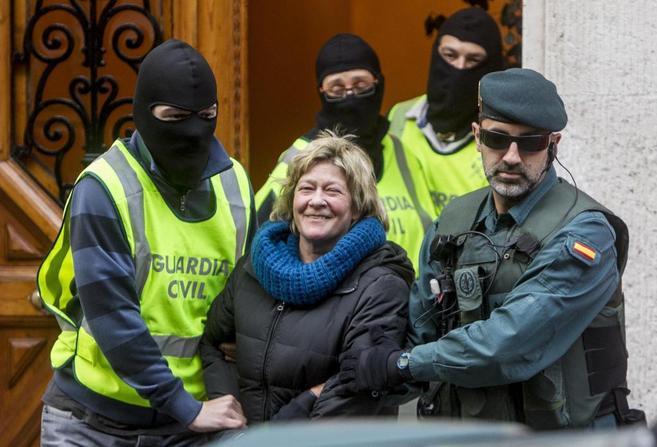 Detención de la abogada Arantza Zulueta y registro del despacho del...
