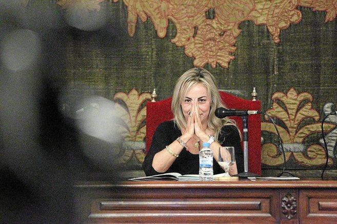 La alcaldesa de Alicante, Sonia Castedo, en un pleno municipal.