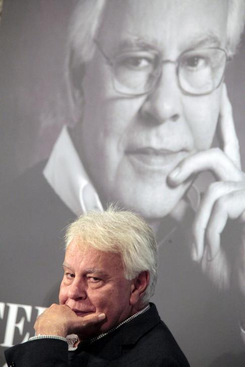 Felipe González, en la presentación de 'En busca de...