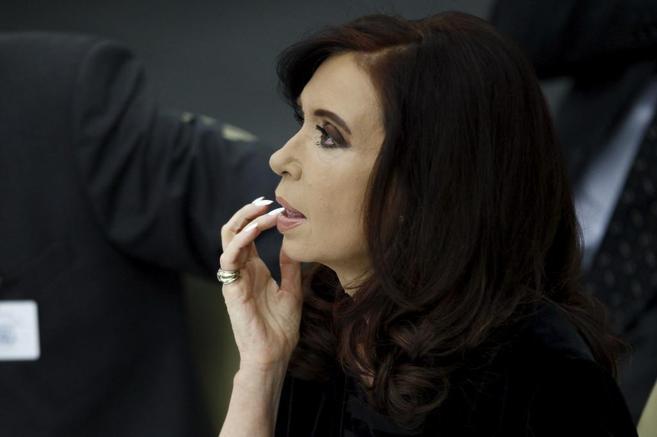 La presidenta argentina, Cristina Fernández de Kirchner, en una...