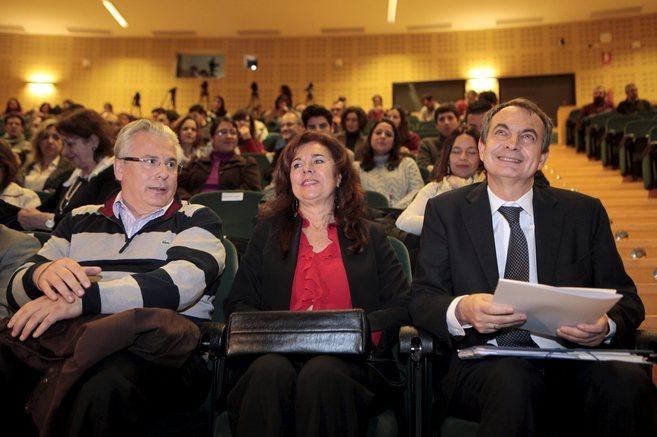 Baltasar Garzón y José Luis Rodríguez Zapatero, este lunes en la...