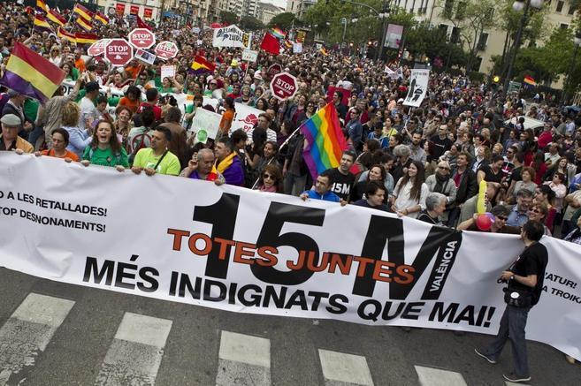 Manifestación en el segundo aniversario del 15M en Valencia.