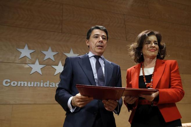 Ignacio González y Ana Botella, durante un acto en la Comunidad de...