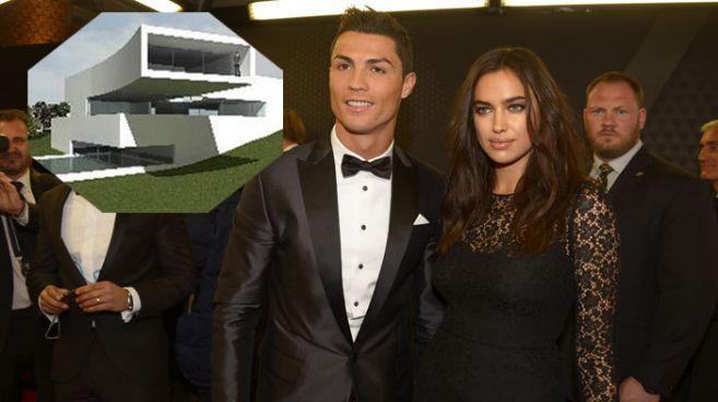 Cristiano Ronaldo e Irina Shayk, en la ceremonia de entrega del Balón...