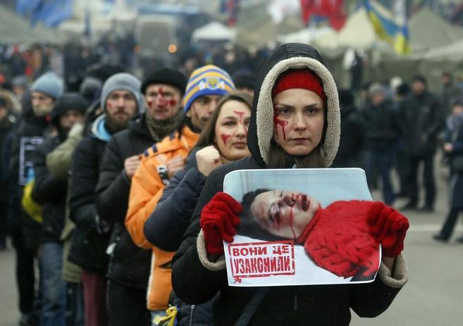 Protesta en Kiev contra las leyes aprobadas por el Parlamento...