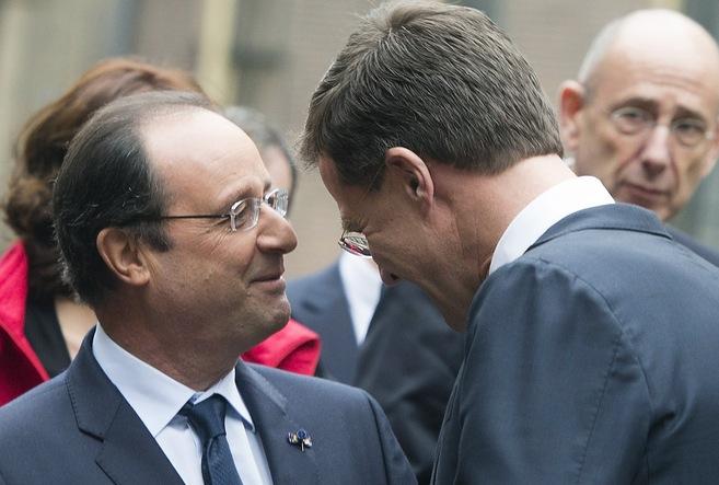 Hollande, con el primer ministro holandés.