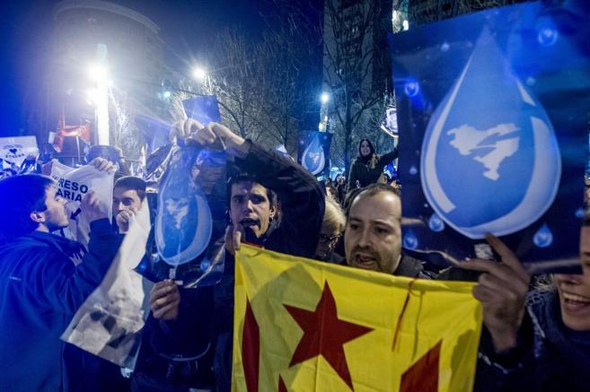 Asistentes a la manifestación celebrada el pasado día 11 convocada...