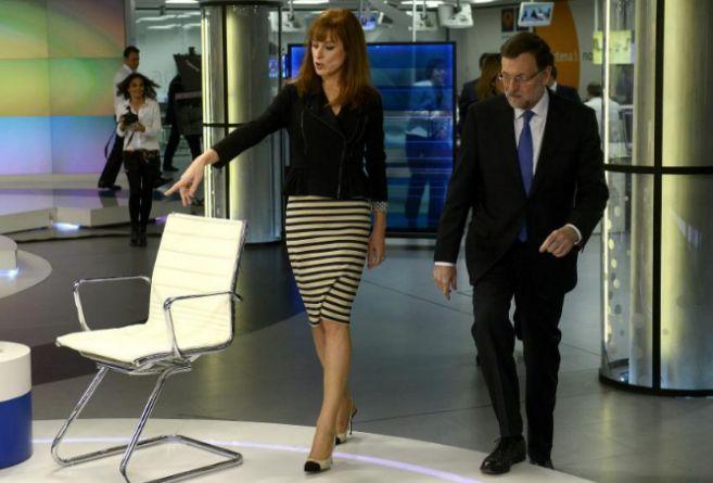 Gloria Lomana recibe al presidente del Gobierno, Mariano Rajoy, en...