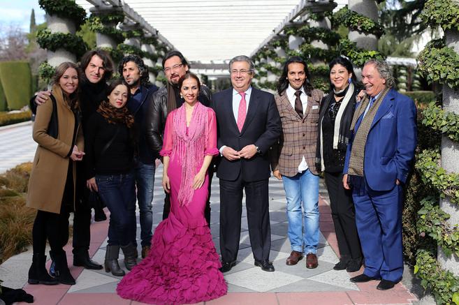 Rocío Marquez, Dorantes, Olga Pericer, Arcángel, José Valencia,...