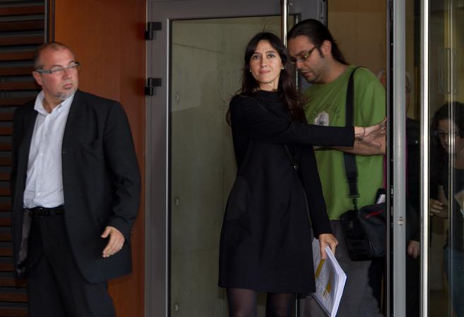 La alcaldesa de Santa Coloma, Núria Parlon, a la salida del juzgado.