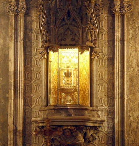 El Santo Cáliz que se exhibe en la Catedral de Valencia.