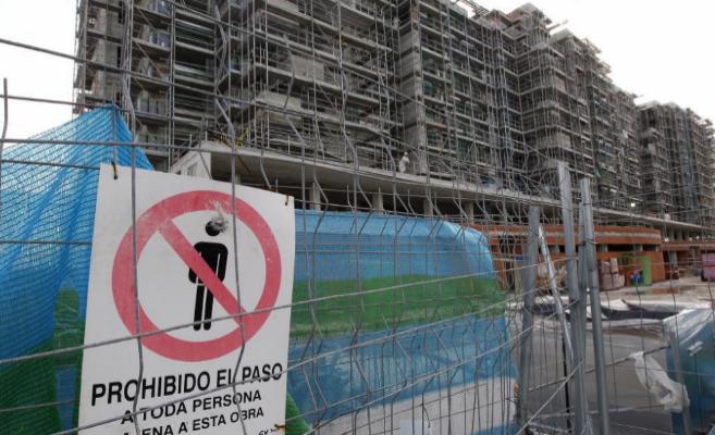Grupo de viviendas en construcción en la Comunidad de Madrid.