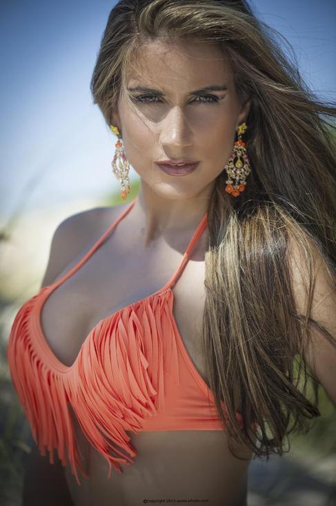 Fabiana Leis.